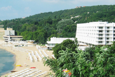 Sunny Day Palace