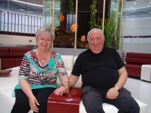 Gabriele V. und Werner F. während ihres Besuchs der Dentaprime-Zahnklinik